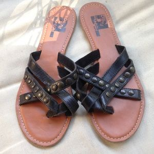 Dirty Laundry leather sandals